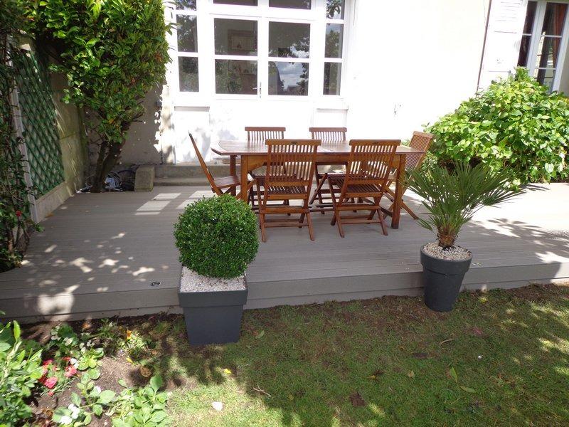 terrasse en bois composite prête a servir