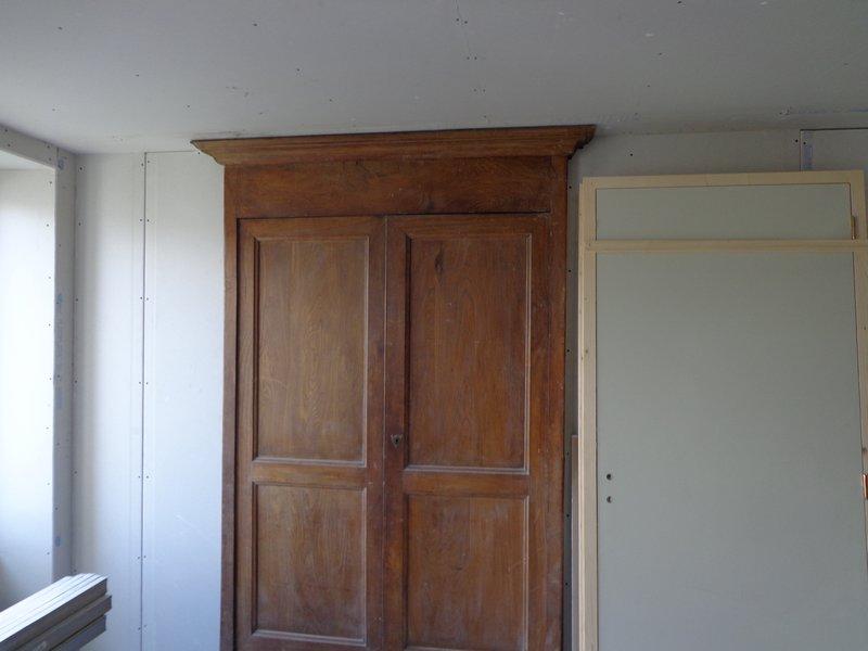 façade armoire mur isole et habille placo
