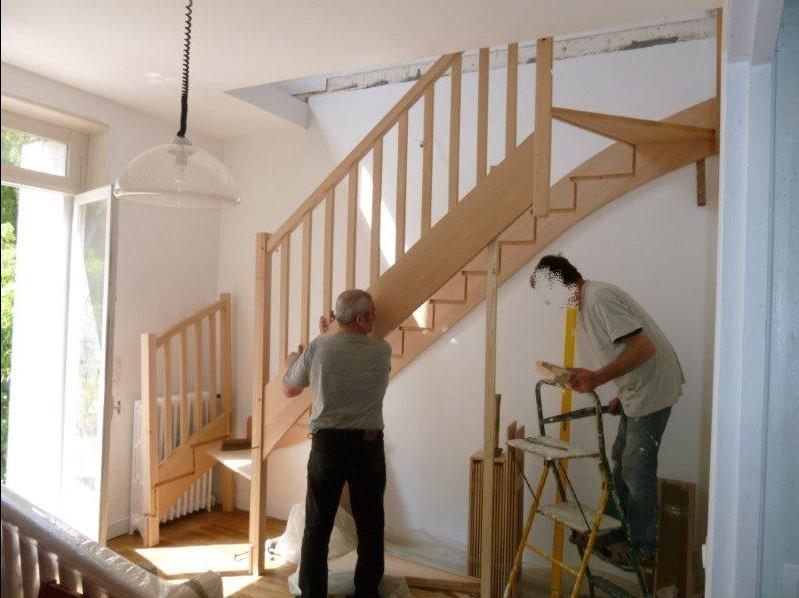 montage escalier bois massif
