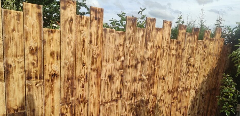 clôture bois debout bandeau